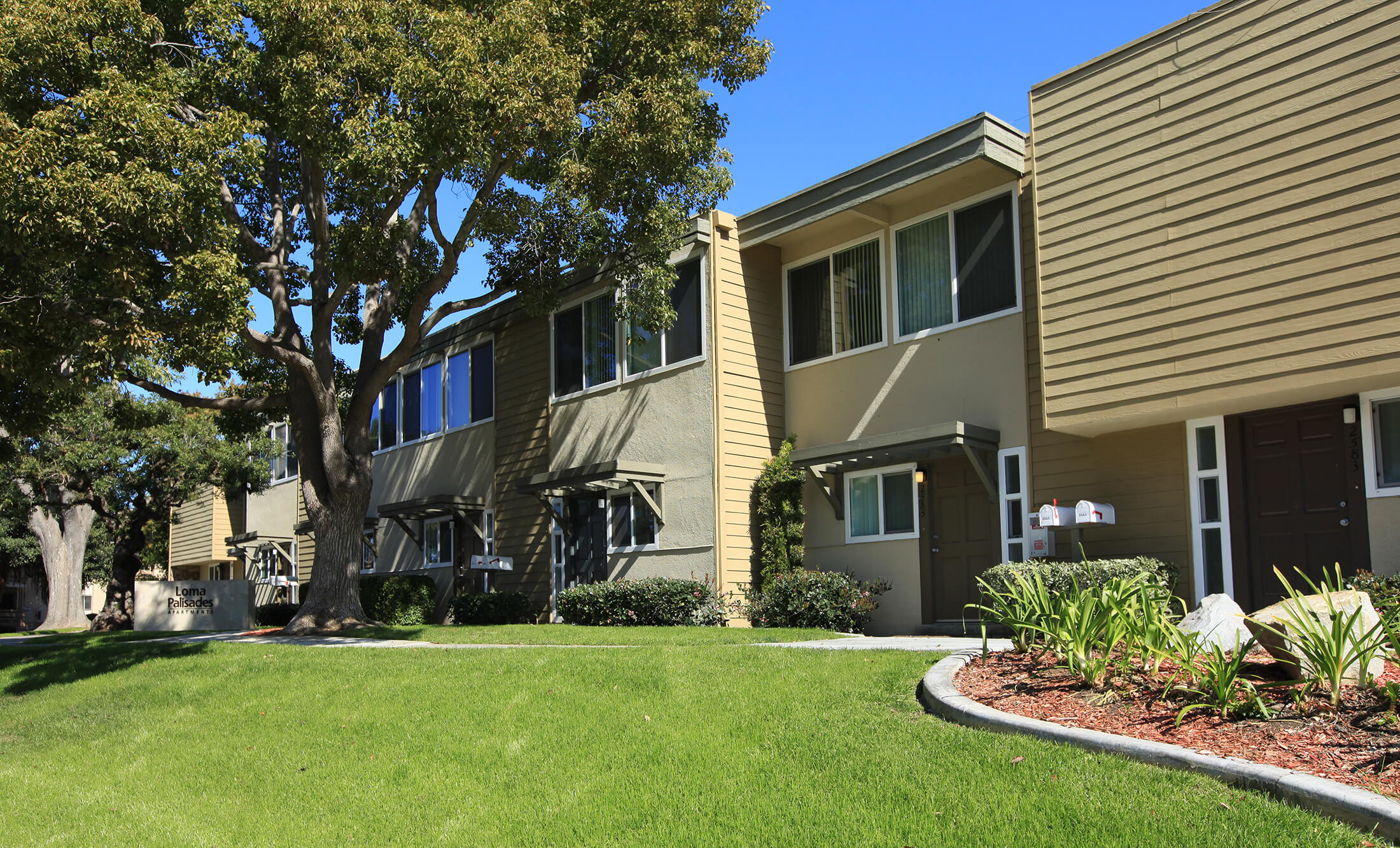 Loma Palisades - Apartments in San Diego, CA